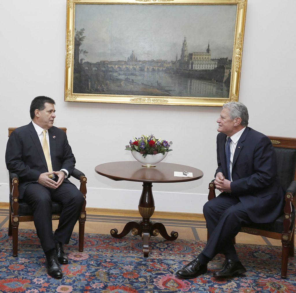 Foto 2 Besuch an Gauck