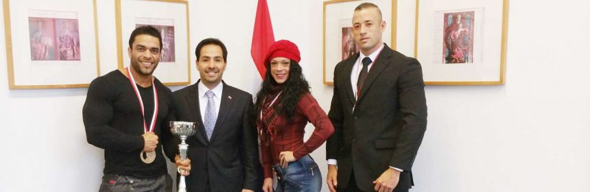 Deportistas paraguayos participan en competencia mundial de fisicoculturismo en Polonia