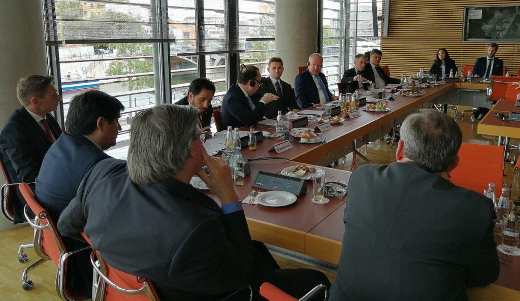 Presentación y panel de discusión sobre las negociaciones del Acuerdo de Libre Comercio entre la Unión Europea y el Mercosur.