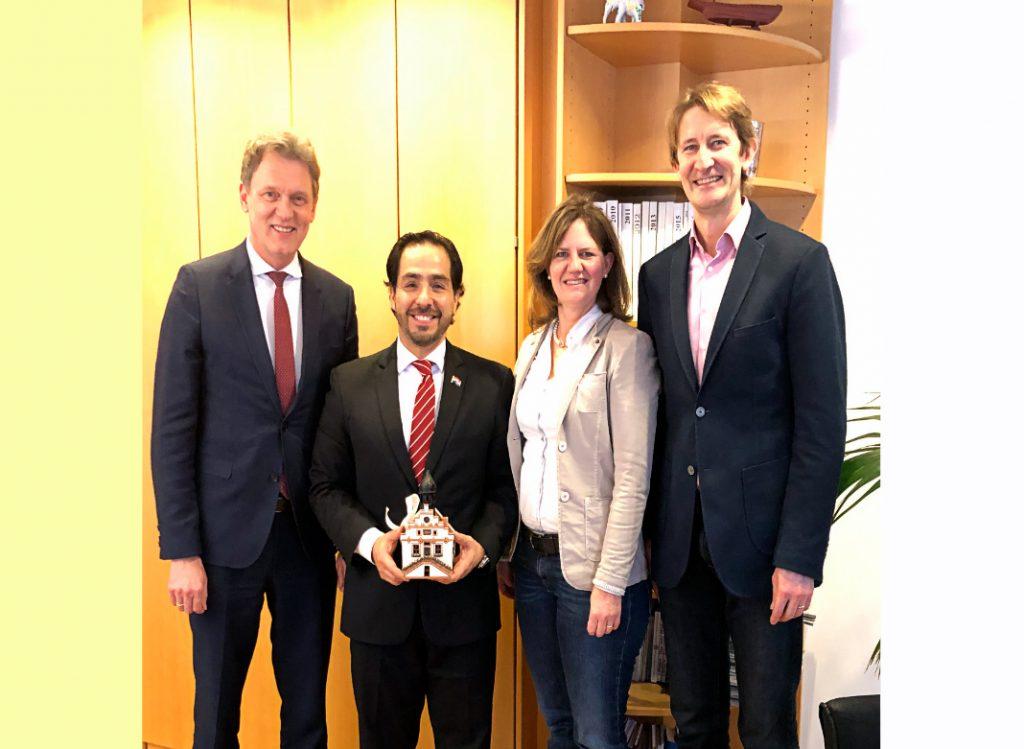 El embajador Fernando Ojeda se reunió con el Oberbürgermeister de la Ciudad de Lingen, Herr Dieter Krone.